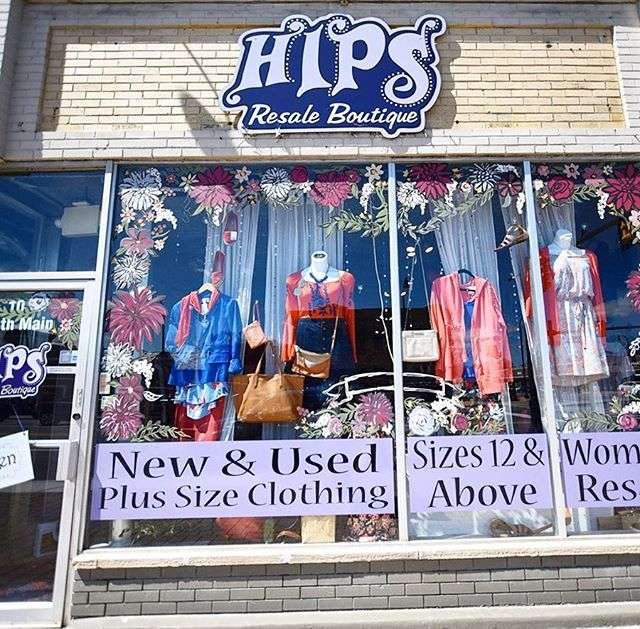 Hips plus size resale store.